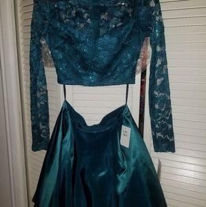 B Darlin emerald green 2 piece dress